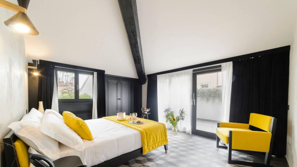 LBH-Roma-Luxus-Hotel-deluxe-loft-terrace-COPERTINA-1a