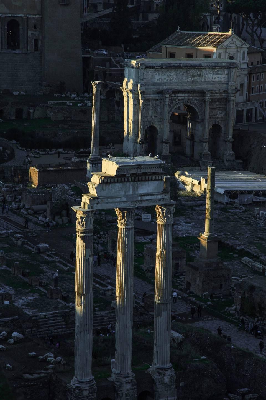 LBH-Roma-Luxus-Hotel-foro-romano-477315-unsplash