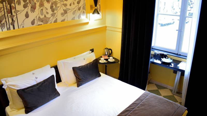 LBH-Roma-Luxus-Hotel-camera-smart-3a