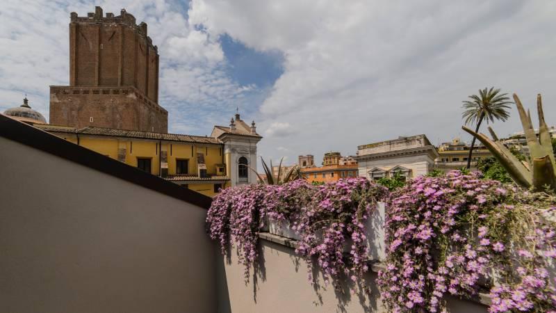 LBH-Roma-Luxus-Hotel-deluxe-loft-terrace-IMG-1939